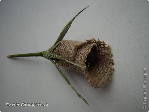 Мешковина и розы из гофрированной бумаги (10) (520x390, 98Kb)