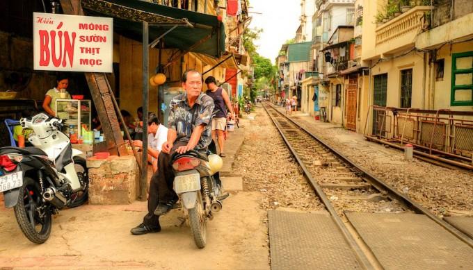 железная дорога вьетнам фото 3 (680x389, 354Kb)