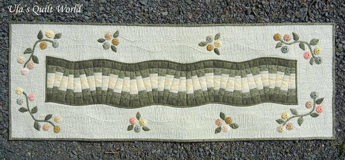 Лоскутное шитье. Красивые салфетки-дорожки с аппликацией и стежкой (23) (700x325, 269Kb)