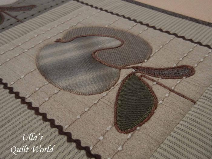 Лоскутное шитье. Красивые салфетки-дорожки с аппликацией и стежкой (28) (700x525, 341Kb)