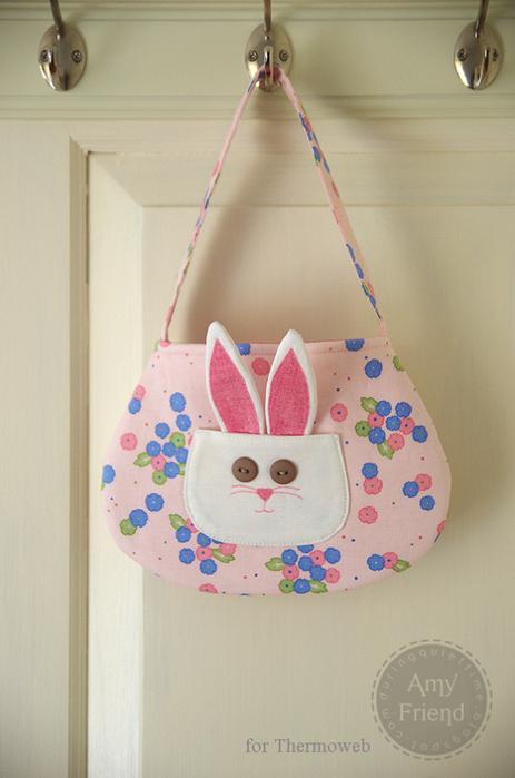 Детская сумочка с карманом-кроликом. Шьем сами (9) (463x700, 379Kb)
