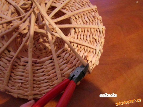 Как сплести шляпку из газетных трубочек. Мастер-класс (22) (600x450, 210Kb)