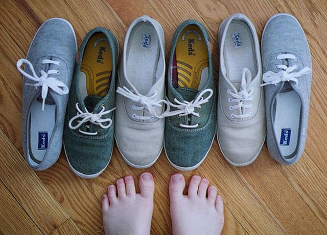 должна ли обувь новая пахнуть внутри кожанная