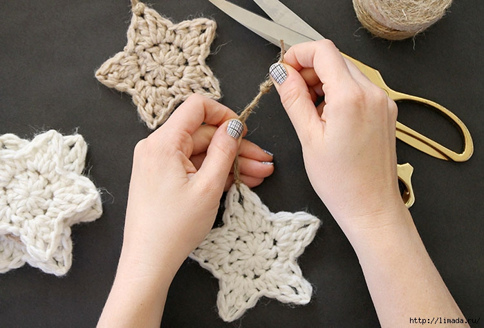 crochet-star-ornament-step-five-1 (700x475, 242Kb)