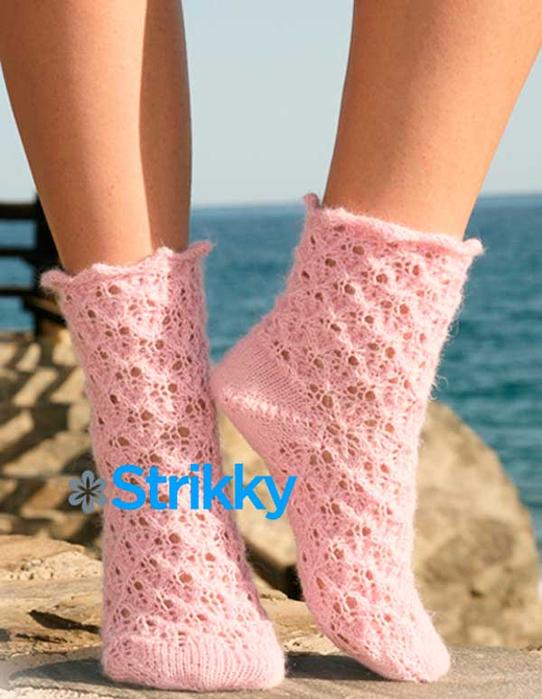 красивые-ажурные-женские-носки-вязаные-спицами-от-дропс (542x700, 340Kb)