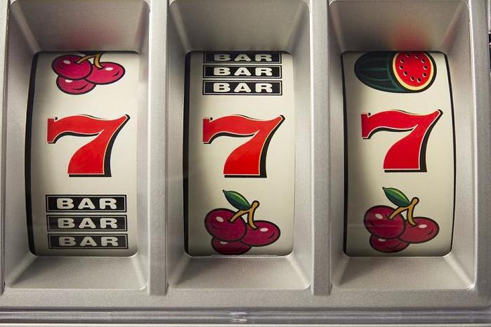 игровые автоматы 777 1 (700x466, 272Kb)