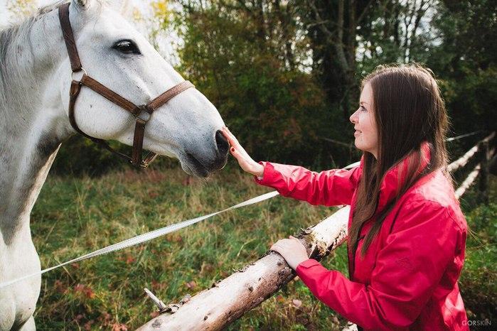 Anja und Pferd (700x466, 95Kb)