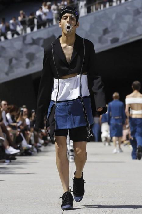 126300075 111915 1330 HoodbyAir11 Hood by Air в Париже: Мужская мода от американского короля ЛГБТ сообщества