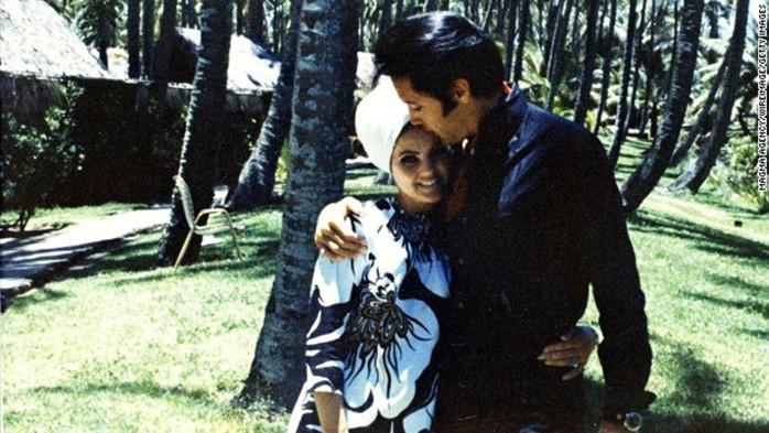 Бывшая жена Элвиса Пресли в 70 лет выглядит не хуже своей внучки