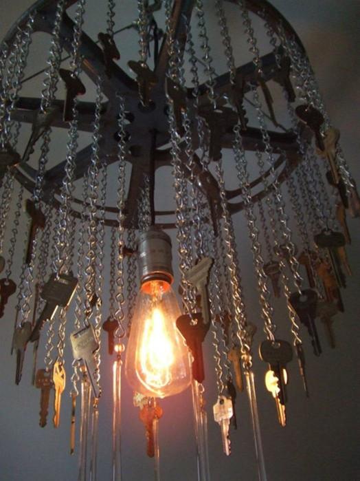 Интересные идеи использования старых ключей в элементах декора квартиры или дома