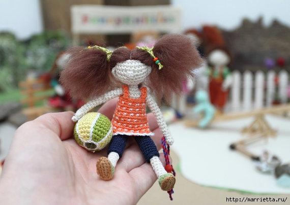 Миниатюрные игрушки амигуруми от FancyKnittles (27) (570x404, 116Kb)