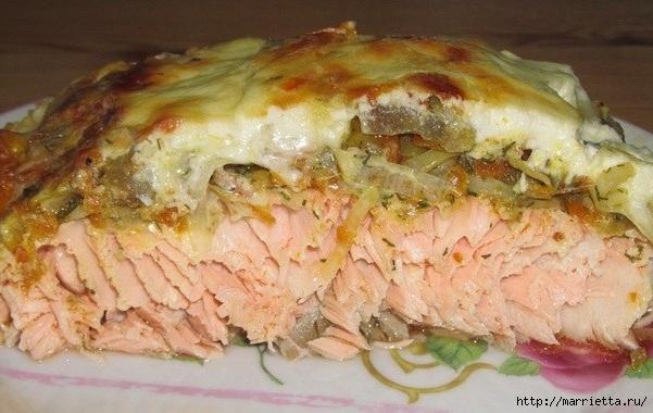Готовим лосось с овощами под сметаной (601x380, 171Kb)