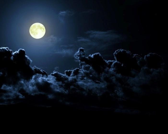 луна (700x560, 39Kb)