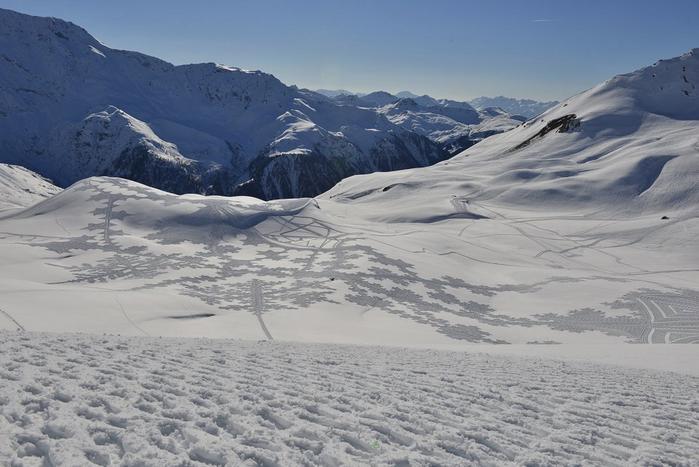 Саймон Бек рисунки на снегу 4 (700x467, 304Kb)