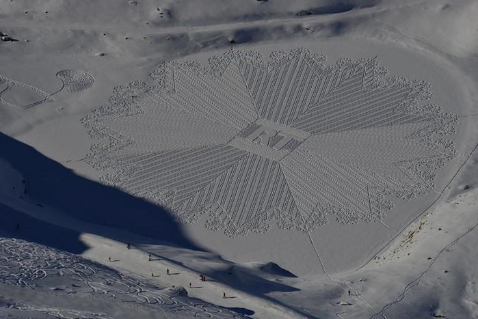 Саймон Бек рисунки на снегу 7 (700x467, 283Kb)