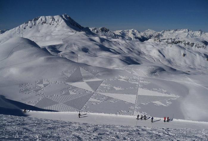 Саймон Бек рисунки на снегу 10 (700x474, 298Kb)
