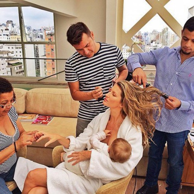 Брелфи   это селфи кормящих грудью женщин (фото знаменитостей)