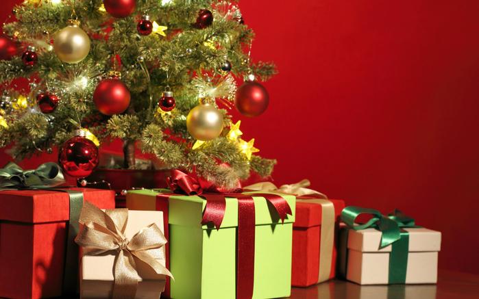 праздничные коробки 3 (700x437, 349Kb)