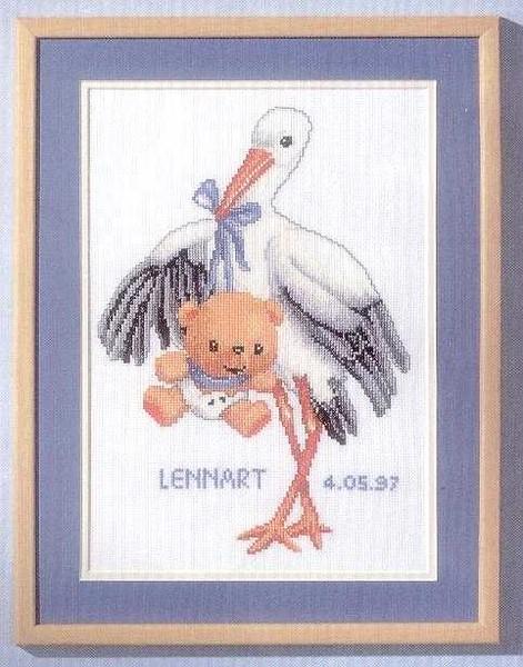 Вышивка монохром пеликан