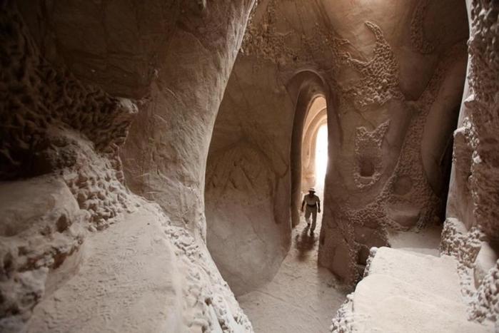 esculpidas à caverna-8 (700x467, 198KB)