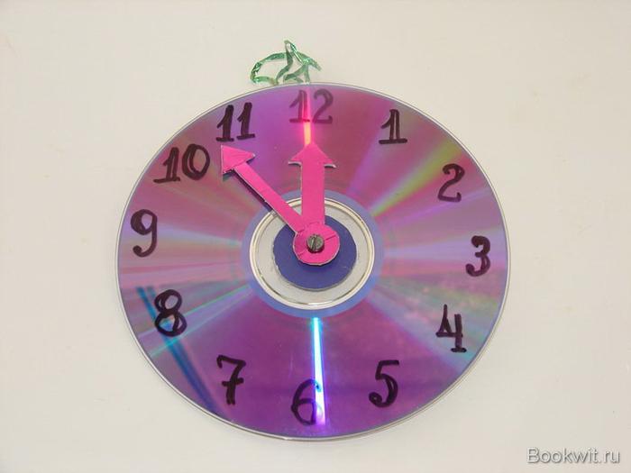 Как сделать часы в домашних условиях на руку