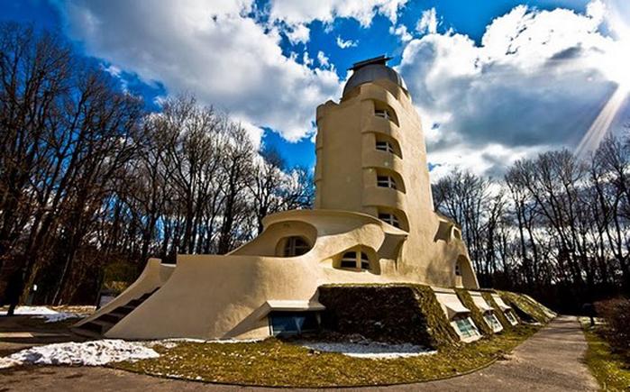 Башня Эйнштейна (700x435, 321Kb)