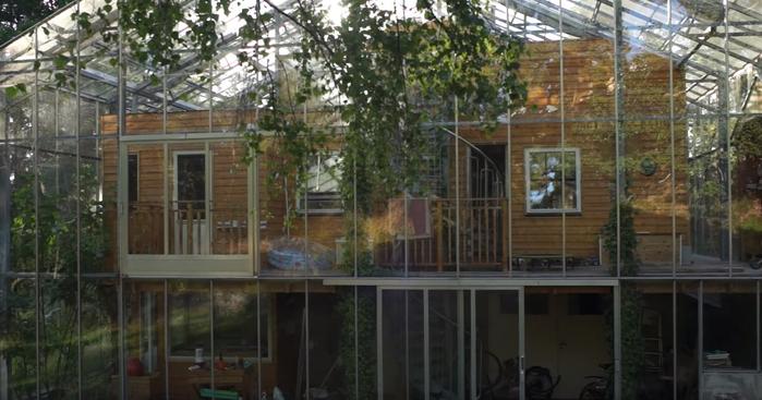 теплый дом под стеклом Naturhus