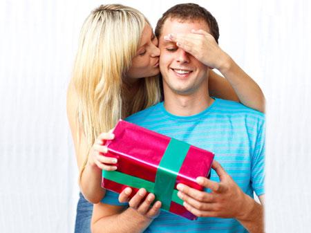 Какой мужчина не любит приятные и неожиданные подарки.