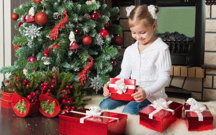Лучшие идеи подарков ребенку на Новый Год (1) (700x437, 386Kb)