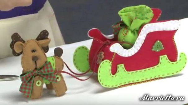Олень и рождественские сани из фетра. Выкройка (1) (606x340, 165Kb)