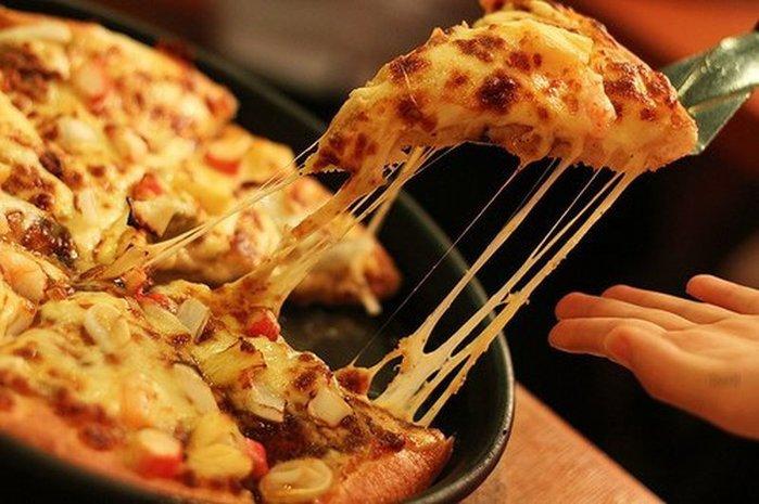 пицца/3290568_pizzanaskovorode (700x465, 71Kb)