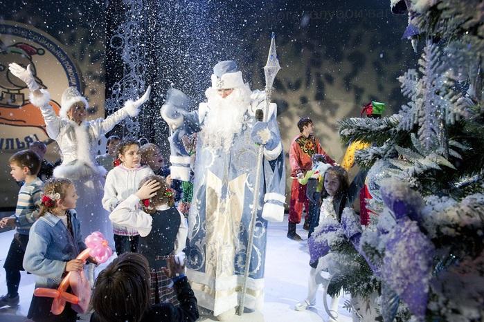 стихи для в дни новогодних каникул в москве детям Выбрать имя Август