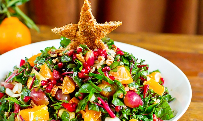 4924860-650-1449232457-christm55555as-tree-salad19 (650x390, 123Kb)