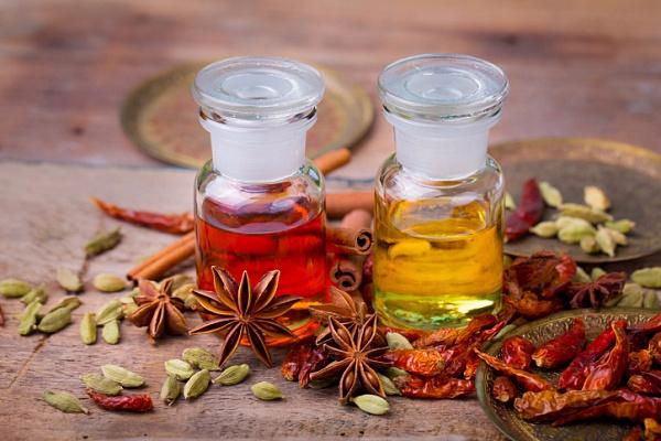 Эфирные масла для здоровья и красоты. Апельсиновое и масло чайного дерева (2) (600x400, 278Kb)