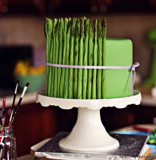 Лепим спаржу из мастики. Очень оригинальный торт (4) (539x552, 161Kb)
