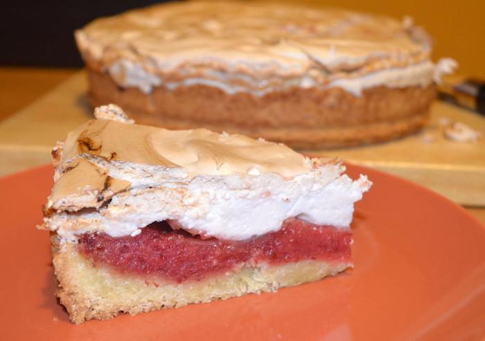 Торт с меренгой – лимон с клюквой под одеялом (700x492, 323Kb)