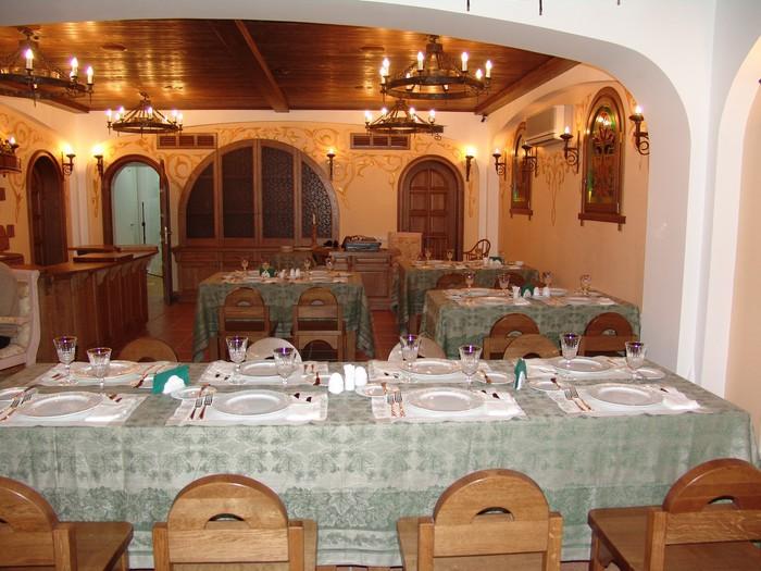 restoran-slavyanskaya-trapeza13 (700x525, 108Kb)