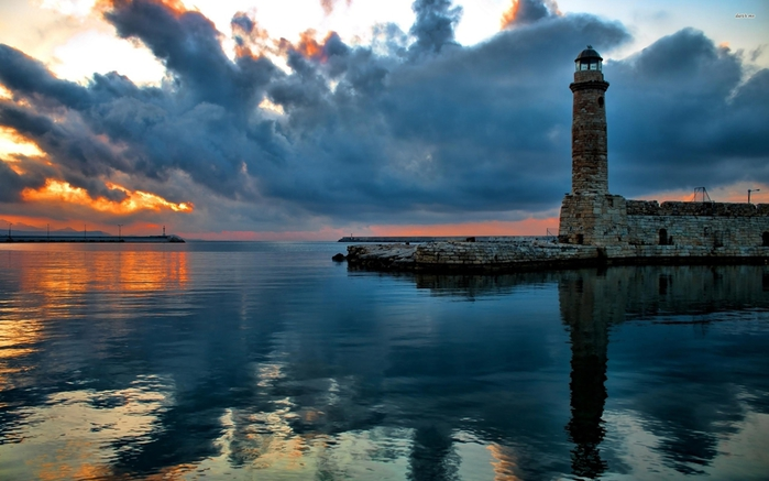48081-stone-lighthouse-at-sunset-2560x1600-world-wallpaper (700x437, 212Kb)