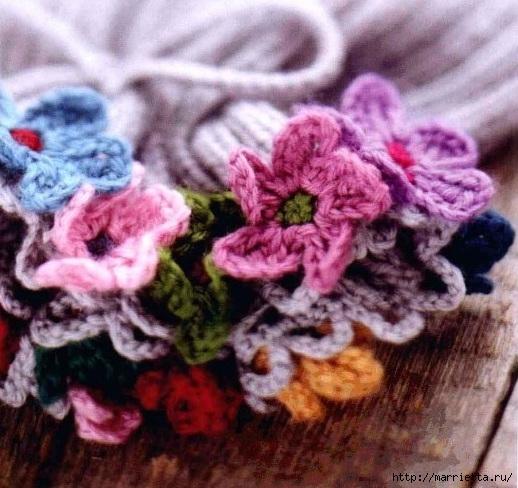 Шапочка с цветочками для девочки (2) (518x488, 182Kb)