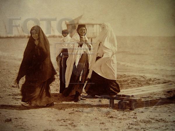 Коптев А Татарские девушки на берегу моря (Крым). 1910 - е (600x449, 246Kb)