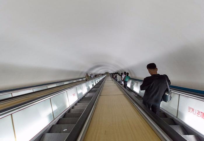 метро в пхеньяне фото 3 (700x482, 218Kb)