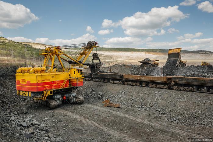 добыча железной руды фото 15 (700x466, 410Kb)