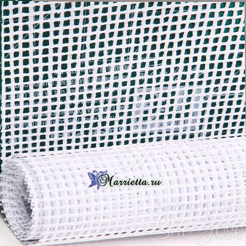 Сервировочные салфетки из пластиковой канвы с вышивкой (5) (500x500, 339Kb)
