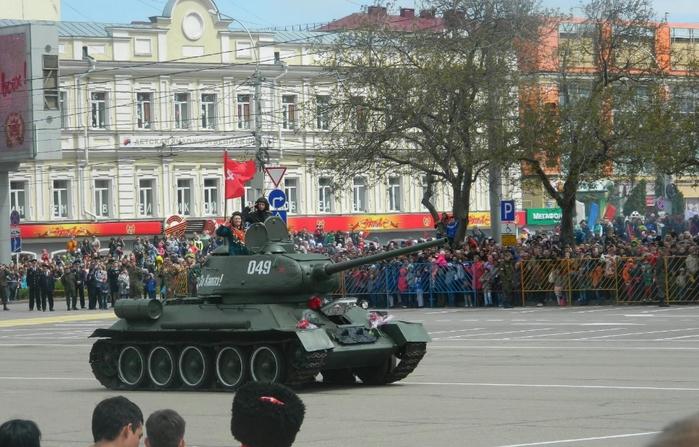 танк (700x447, 275Kb)