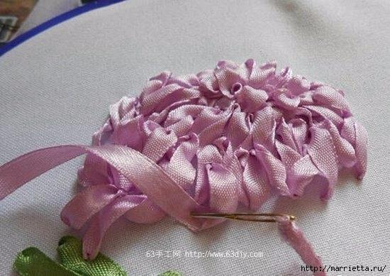 Объемная вышивка. Ромашки, одуванчики, хризантемы и мимоза (12) (550x389, 138Kb)