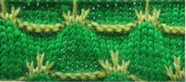 узор спицами двухцветный (640x285, 45Kb)