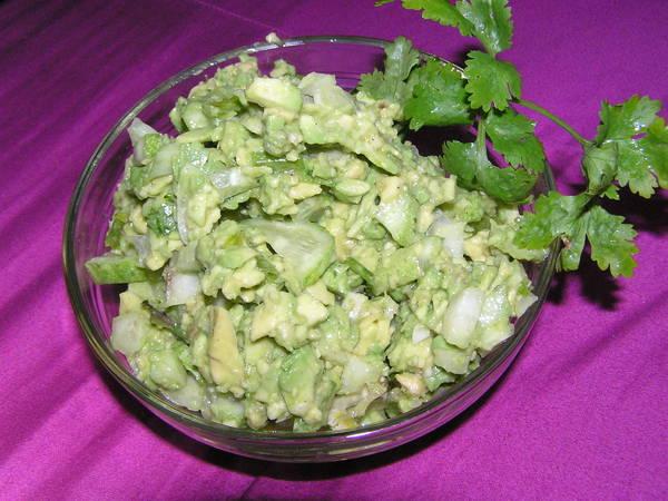 Вкусный зеленый салат с авокадо/3407372_P1010168 (600x450, 52Kb)