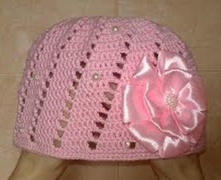 вязаная шапочка для девочки (440x360, 27Kb)