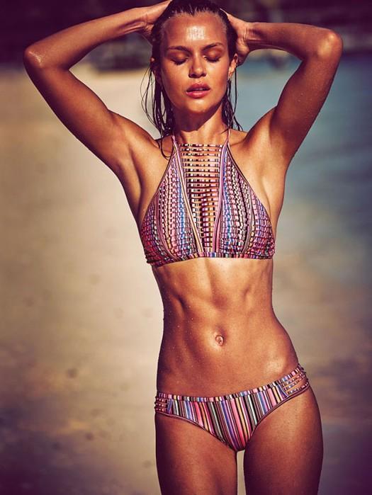 Victorias Secret выпустила свою последнюю коллекцию купальников