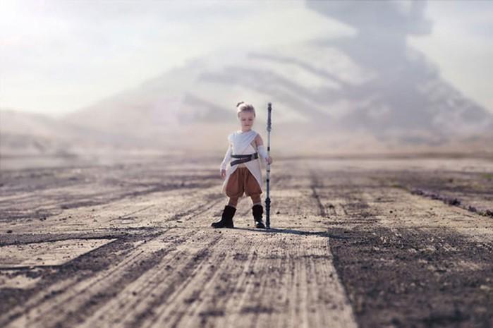 Полька делает красивые сказочные костюмы для своих детей